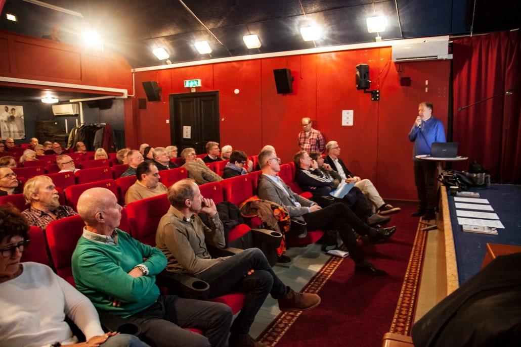Runt 70 personer dök upp för att lyssna på alla presentationer och få en känsla för vad som händer i Hanöbukten