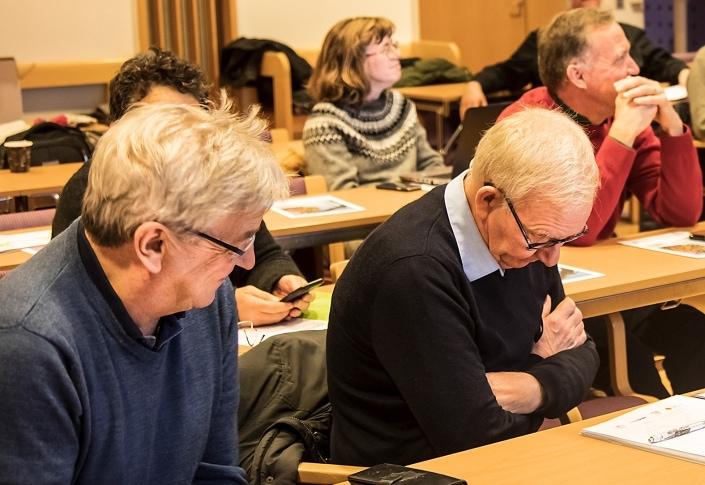 Från vänster: Ulf Nilsson Feralco, bakom Ulf skymtar Erica Toft MC Simrishamn, Stina Andersson Kiviks musteri och Håkan Rannestig Österlens kraft
